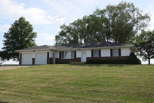 Northwest Missouri Combination Farm For Sale