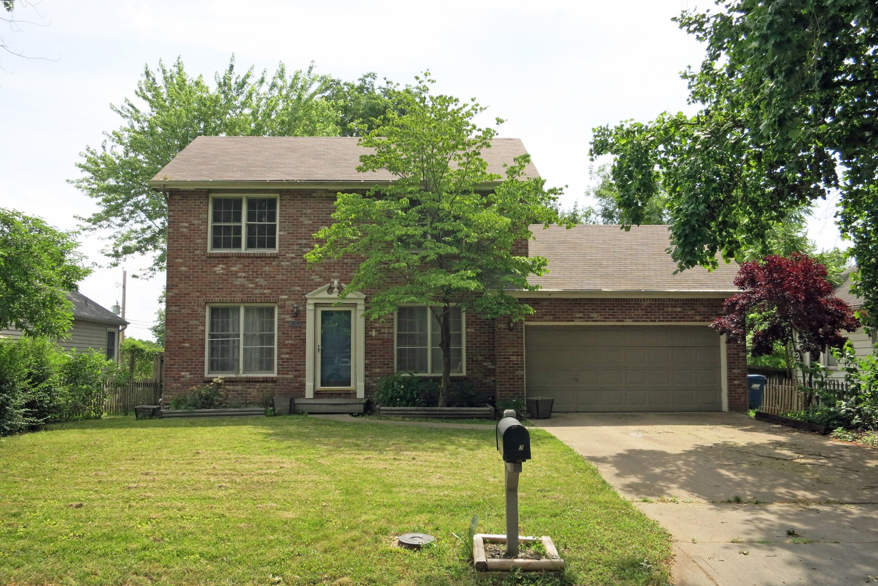 For Sale 2 Story Home Near Downtown Liberty, MO