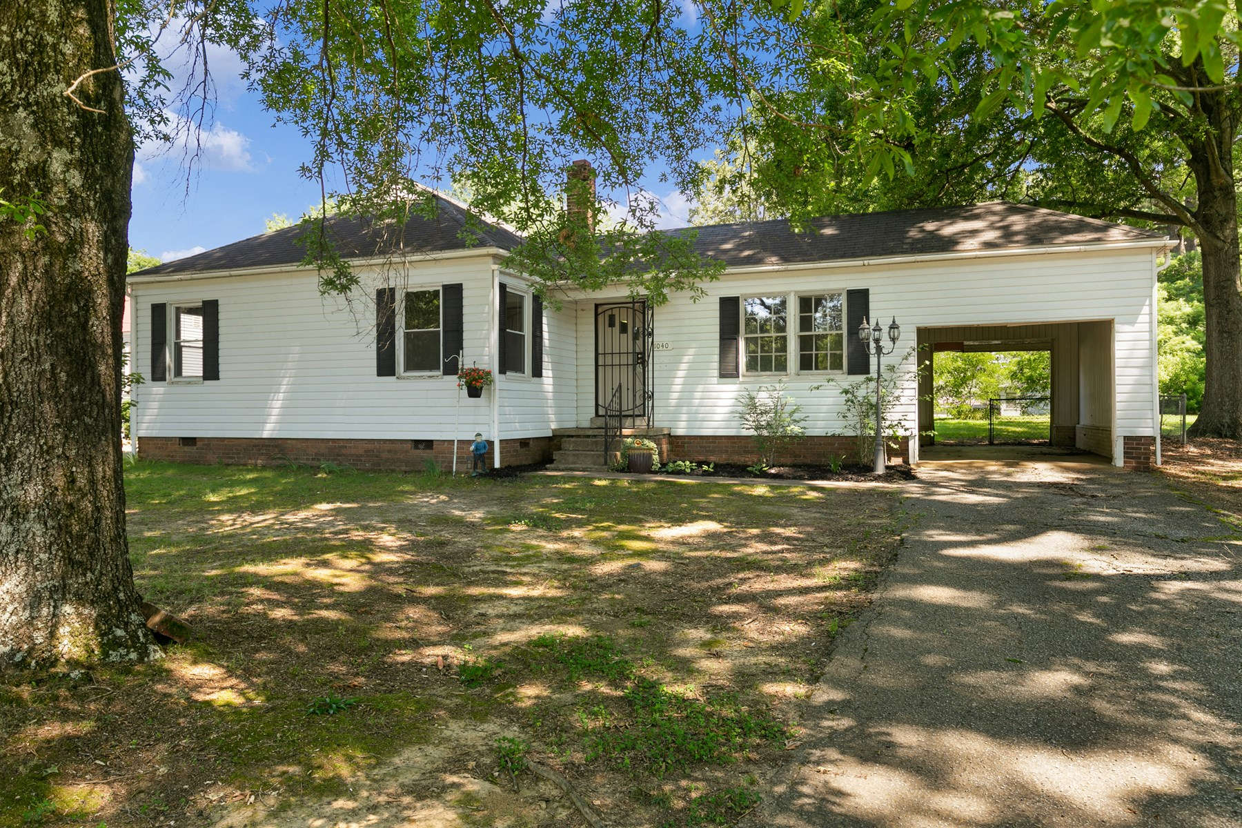 3 Bedroom Home for Sale in Milan, TN near Schools & Daycares