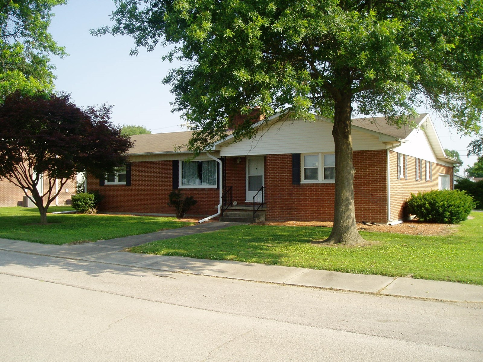 Updated four bedroom 2 bath house with a full basement,