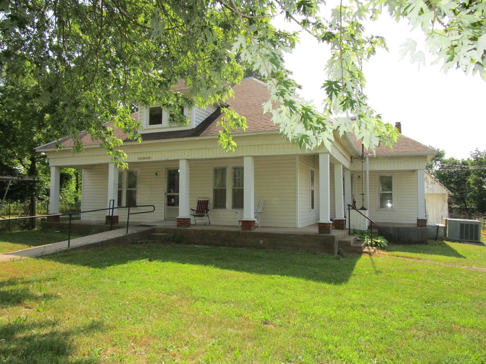 Historic Southern Missouri Home for Sale