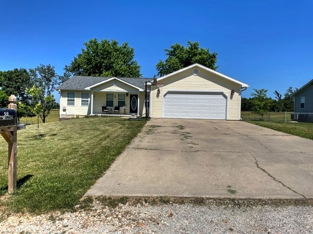 Ranch Style Home at the Edge of Town!