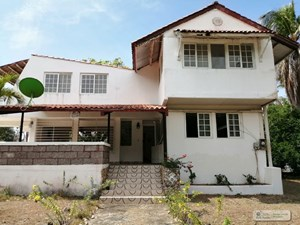 SECOND LINE BEACH HOUSE FOR SALE IN PUNTA CHAME