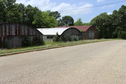 3 large metal buildings on 1.3 acres.