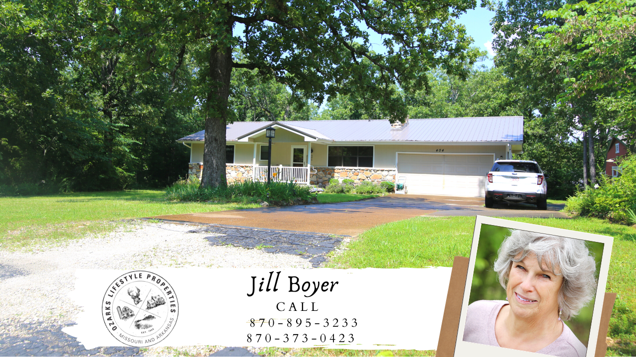 Well Maintained Home in Horseshoe Bend, AR