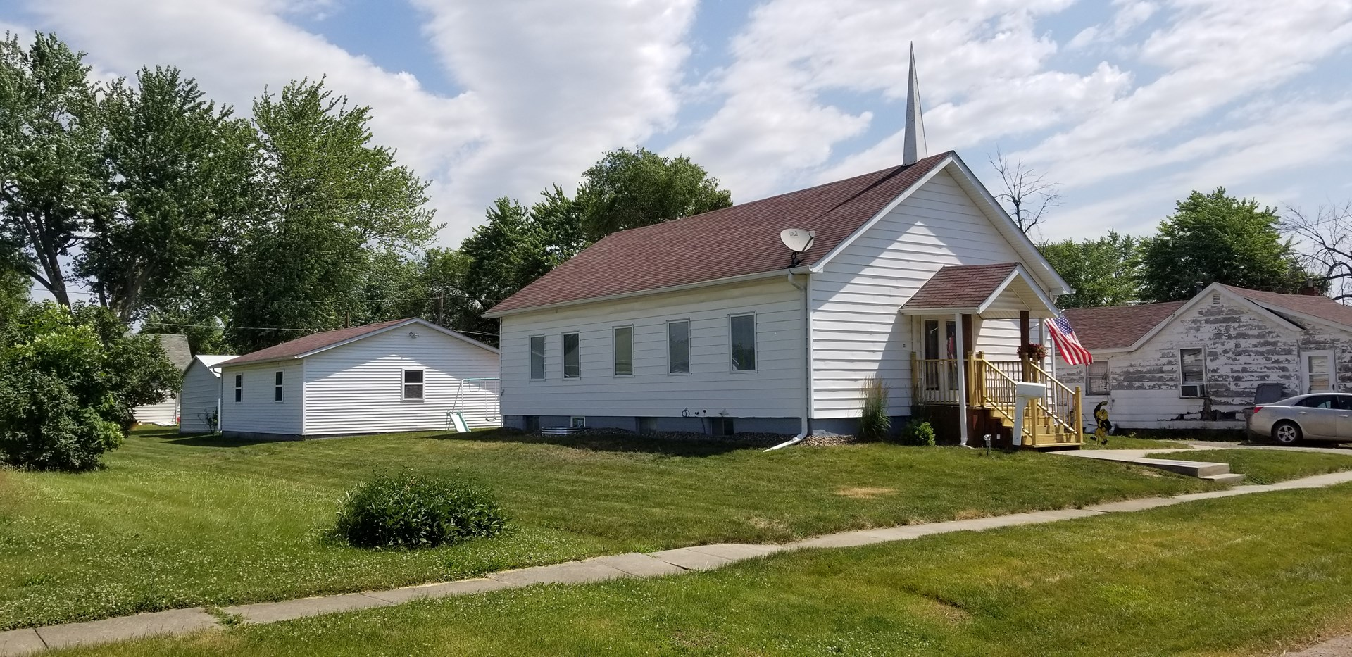 Move In Ready Albia Home for Sale