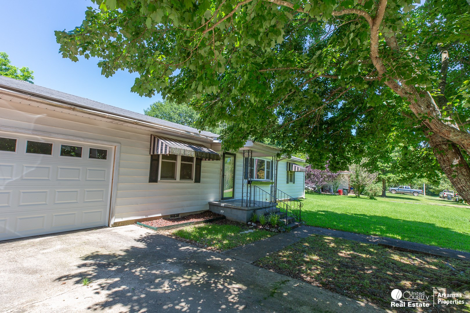Charming small home in Polk County, AR