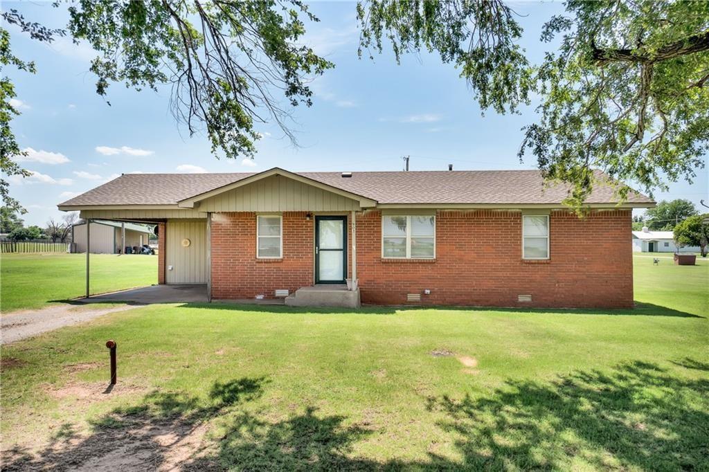 903 S Pine Avenue, Erick, Oklahoma 73645