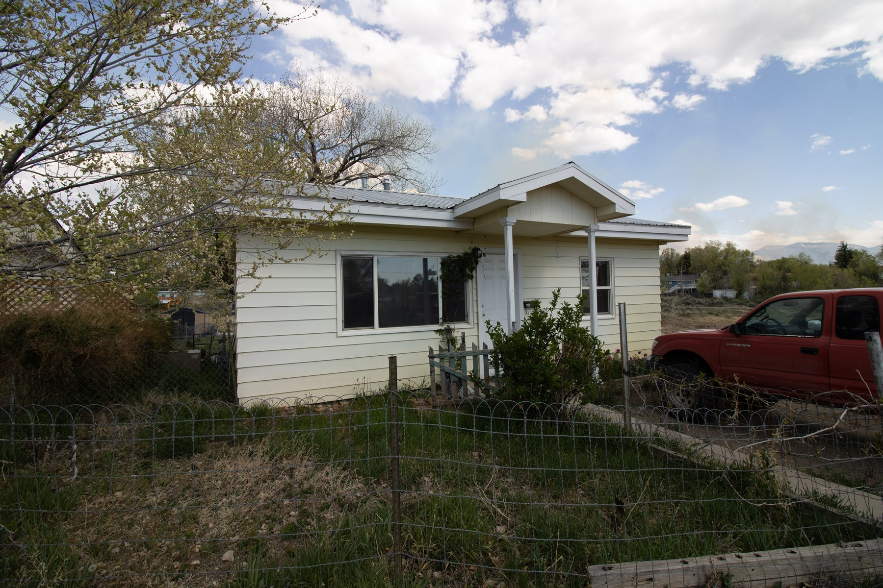 ADORABLE HOME FOR SALE IN CORTEZ, CO!