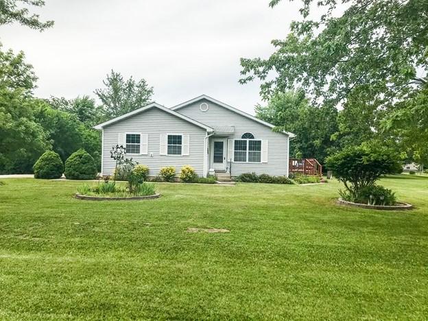 Newer 2 Bedroom Home for Sale Paris, Monroe County, Missouri