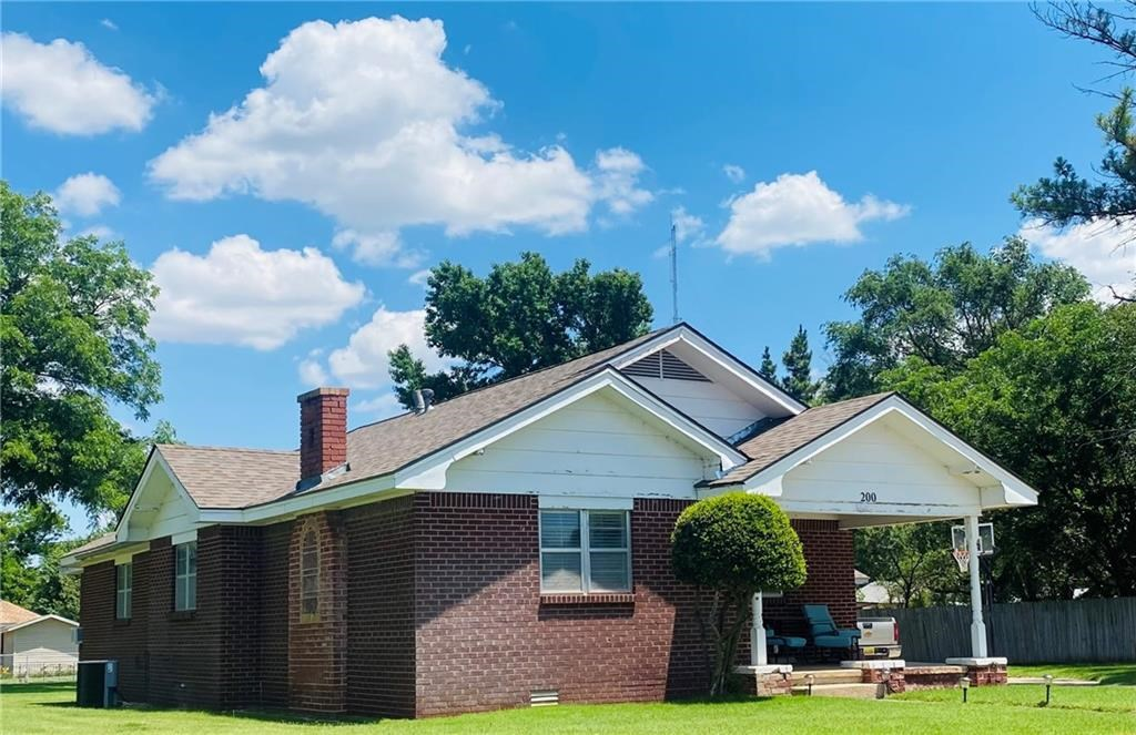 202 S Oak, Erick, Oklahoma 73645