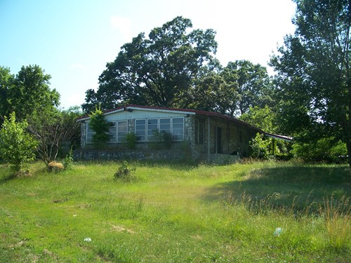 FOR SALE 1/2 MILES S OF SOUTHWEST CITY, MO, HOME, 7 AC.