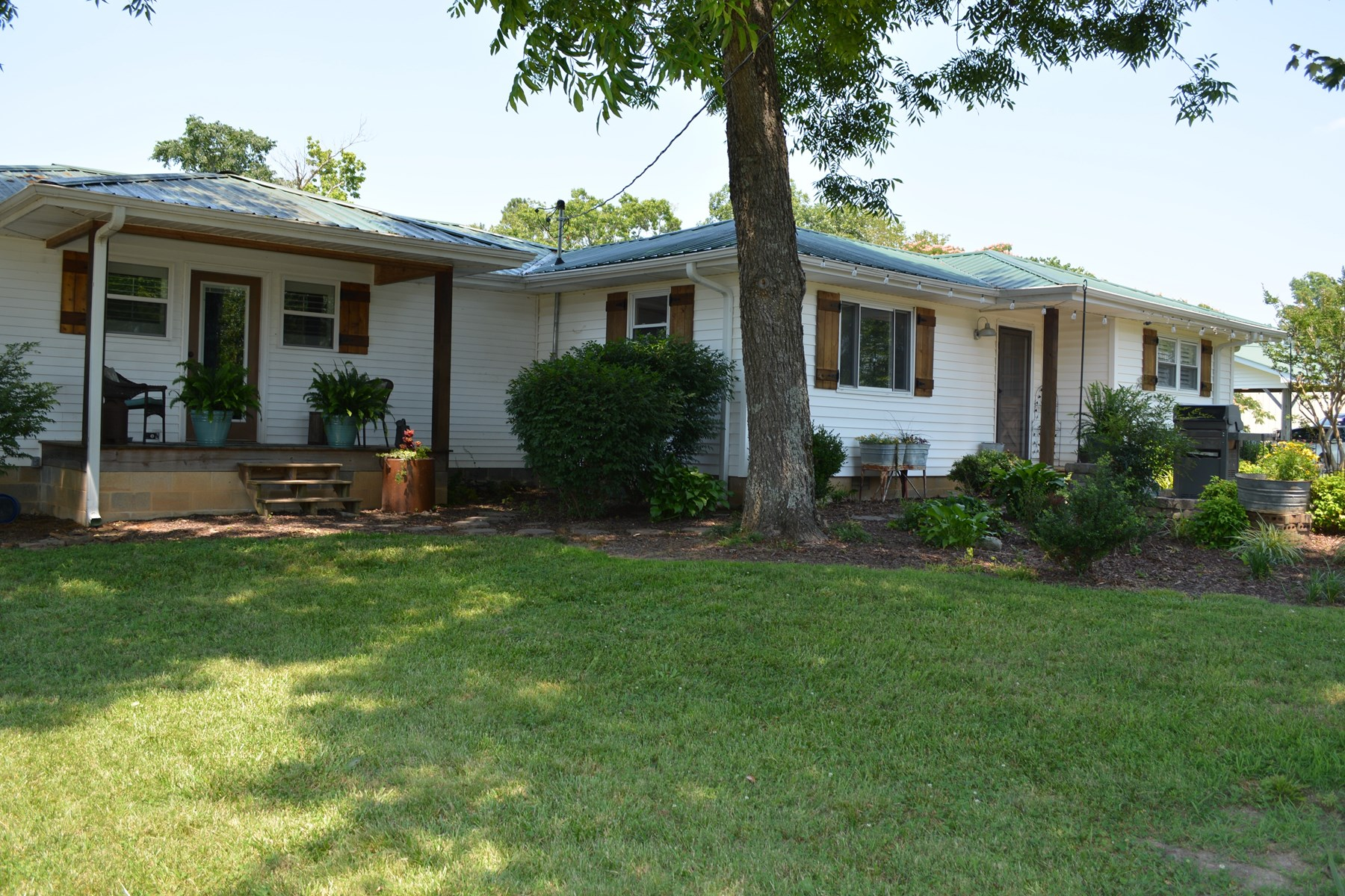 Country Home for Sale in Huntingdon, TN