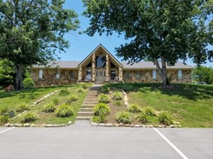 4 BR, 3 BA HOME FOR SALE IN TOWN IN SNEEDVILLE, TN