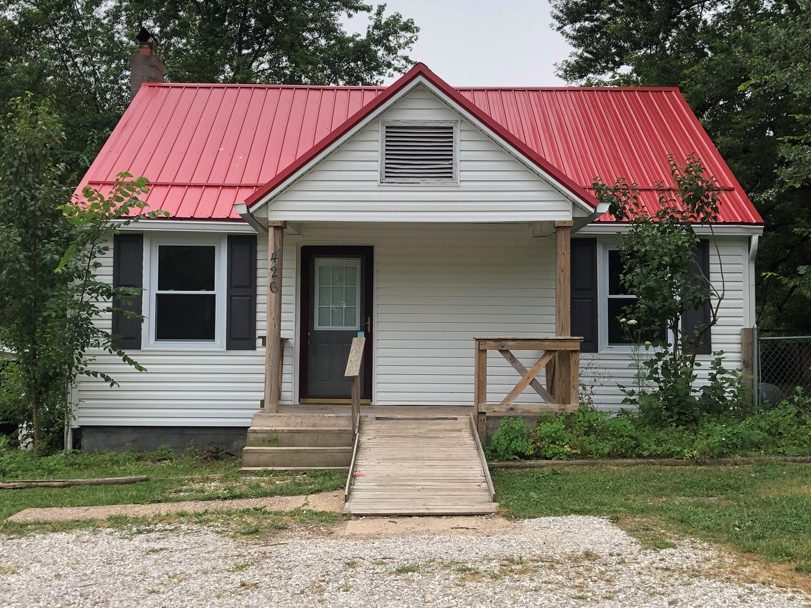 3 Bedroom home outside city limits.  Sits on 1.49 acres.