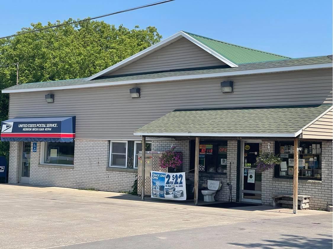 Liquor Store and Restaurant For Sale in Alpena County, MI