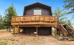 PRIVATE YEAR ROUND CABIN!