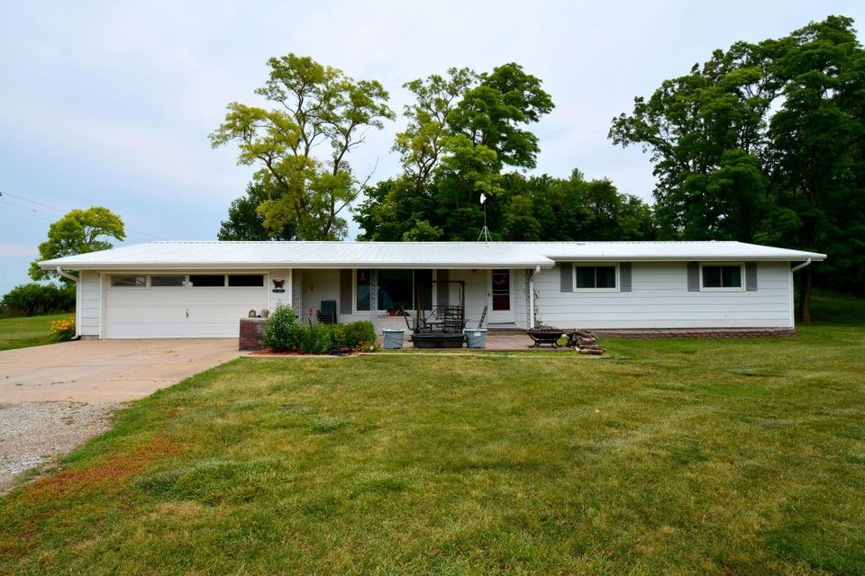 HOME FOR SALE IN MISSOURI VALLEY