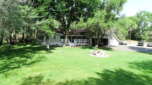 Country Living - 5 bedroom 3 bath home  on 4+ acres