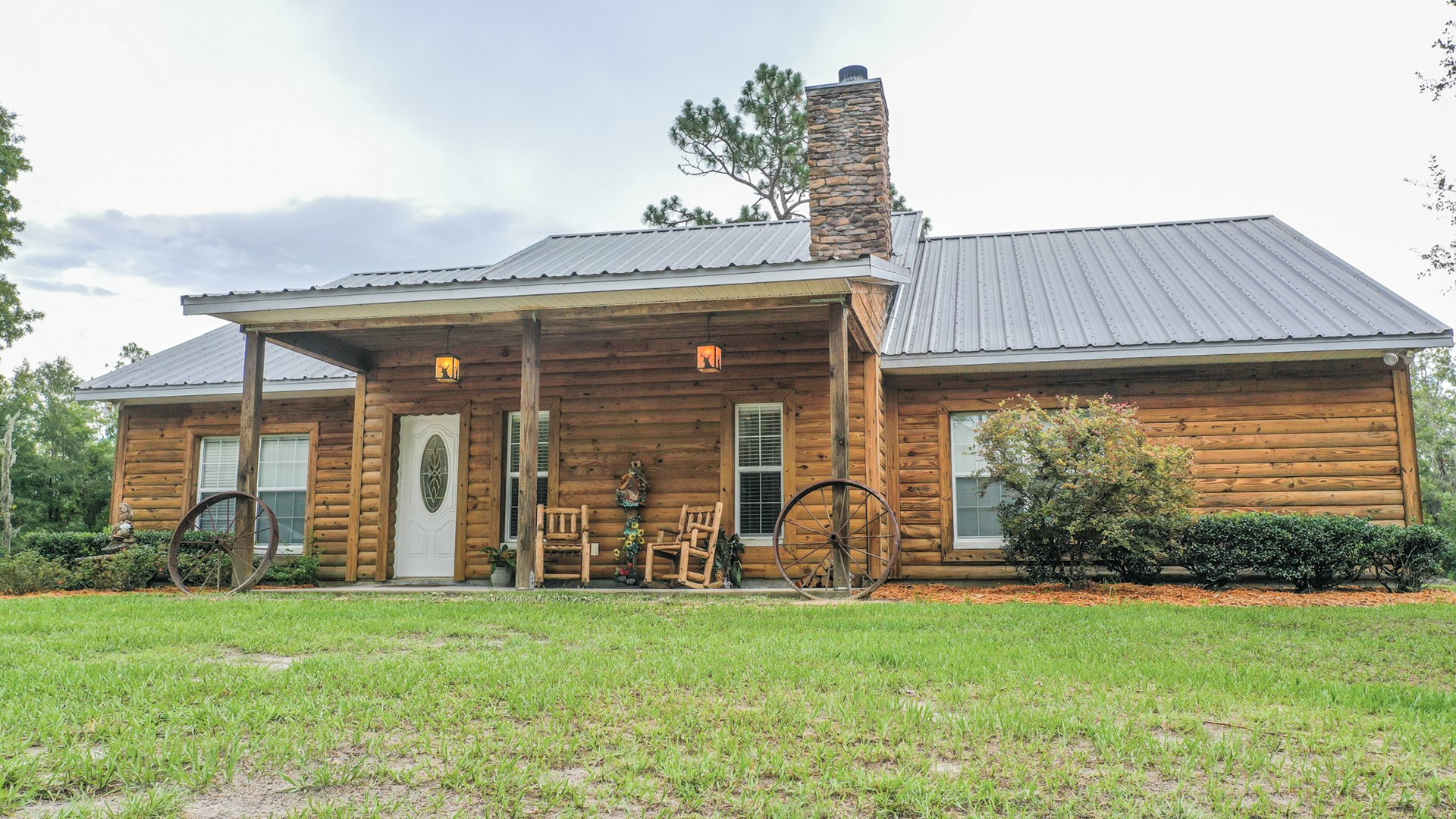 BEAUTIFUL HOME IN BELL FLORIDA!