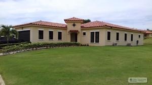 HOUSE FOR SALE IN HACIENDA PACIFICA PANAMA