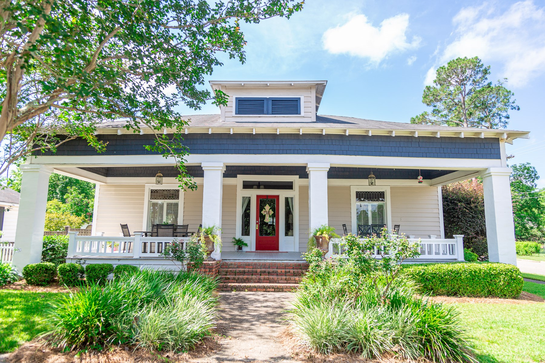 Beautiful Home For Sale In Hatford, AL