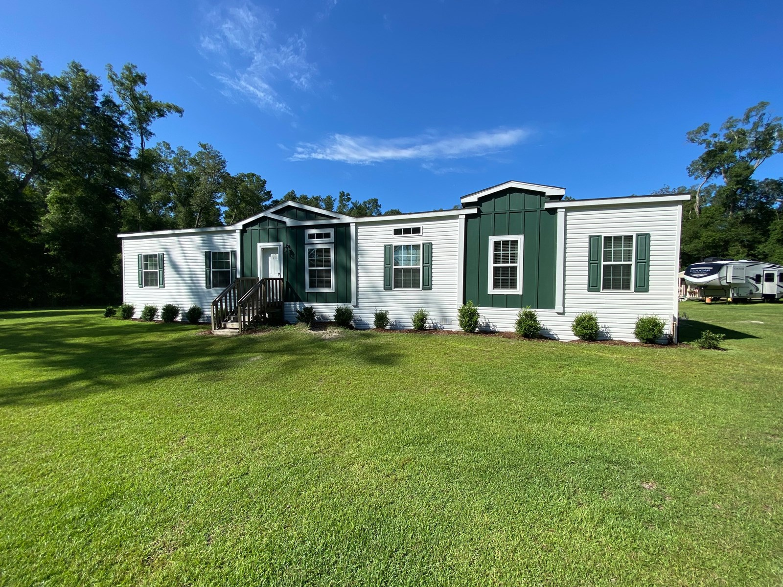 BEAUTIFUL 4/2 HOME ON 6+ ACRES FOR $300,000!!!