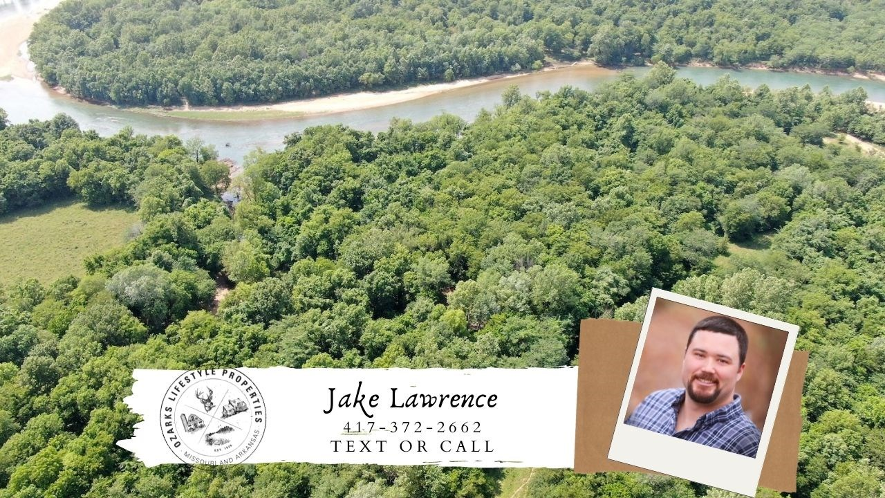 Riverfront Property for Sale in Doniphan, Missouri