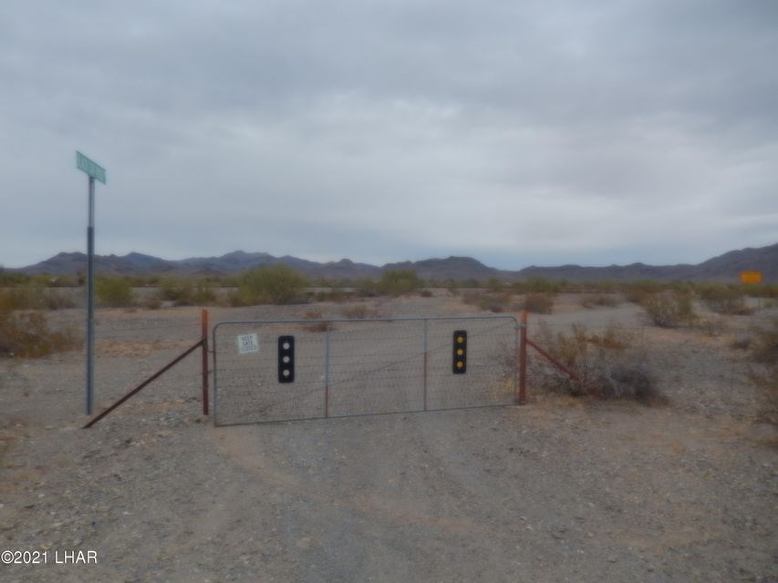 Acreage For Sale LaPaz County Hwy 72 Frontage 90 Acres