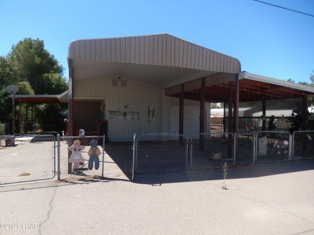 Wenden, AZ Manufactured Home on Lot