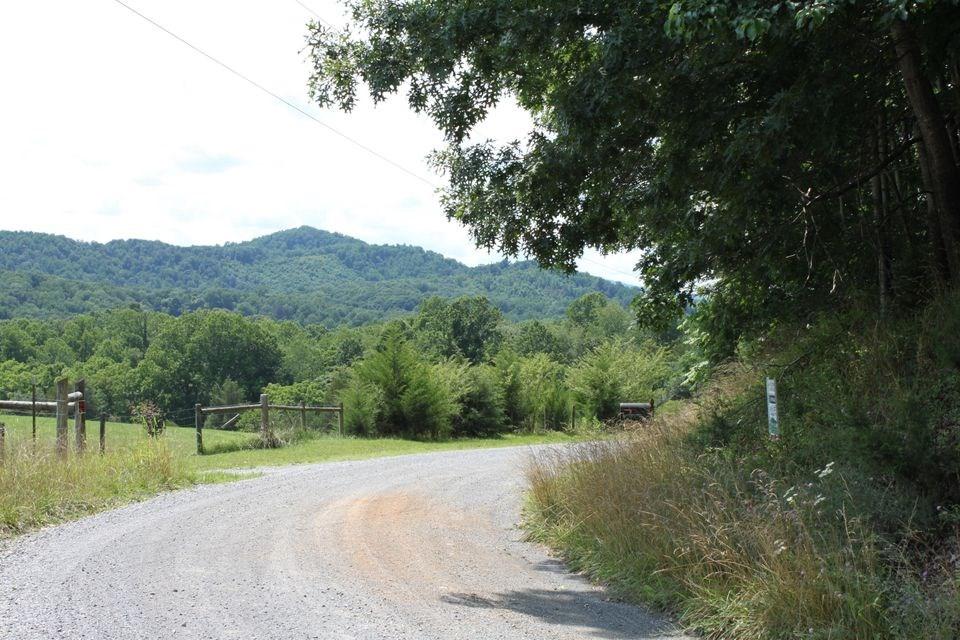 Wooded Mountain Land Near Smith Mountain Lake: 5+ acres