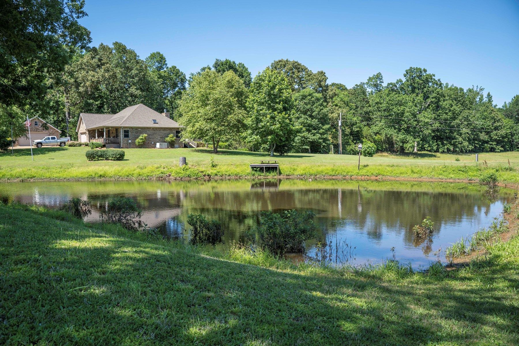 TENNESSEE BRICK COUNTRY HOME FOR SALE