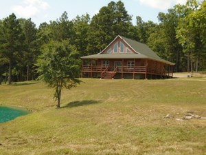 COUNTRY HOME IN THE OZARKS, 35 ACRES
