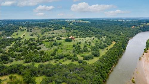 4520 Village Bend Rd Mineral Wells Texas
