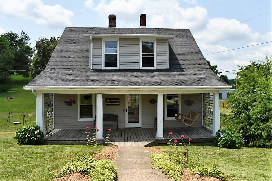 3 BR, 1.5 BA, Home For Sale In Rural Retreat VA