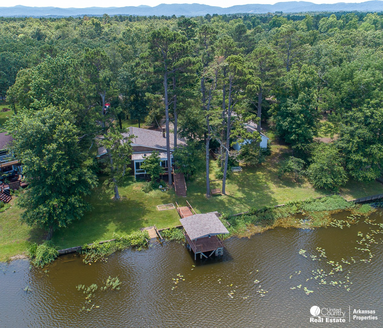 Lake Front Home for Sale in Arkansas