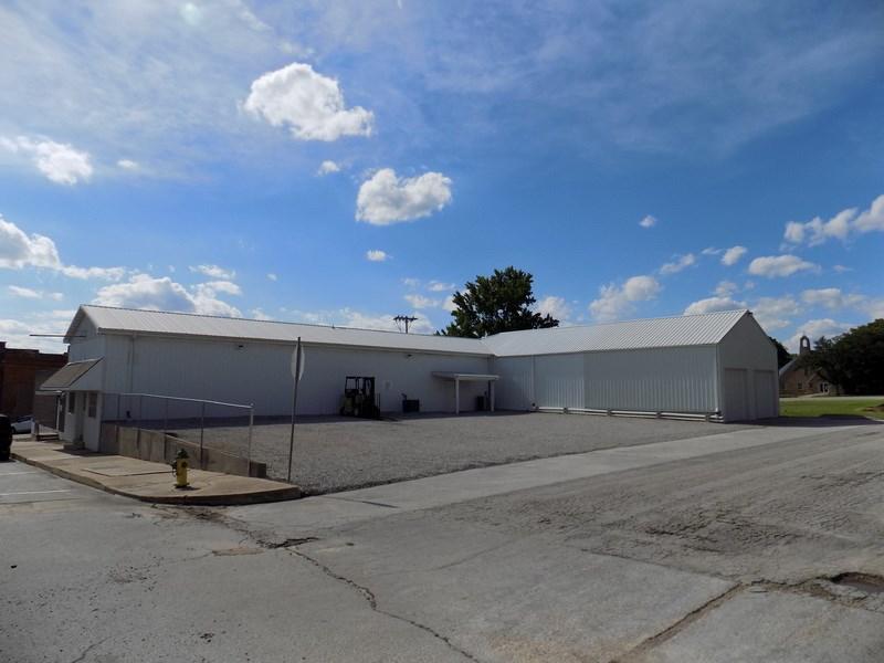 Commercial Building For Sale El Dorado Springs, Missouri