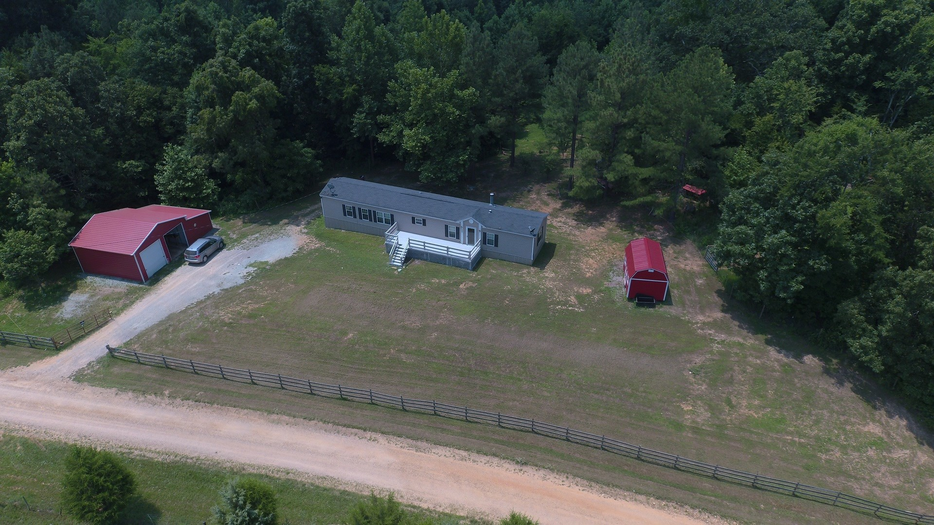 AFFORDABLE TN MINI FARM CREEK FRONTAGE HOME FOR SALE IN TN