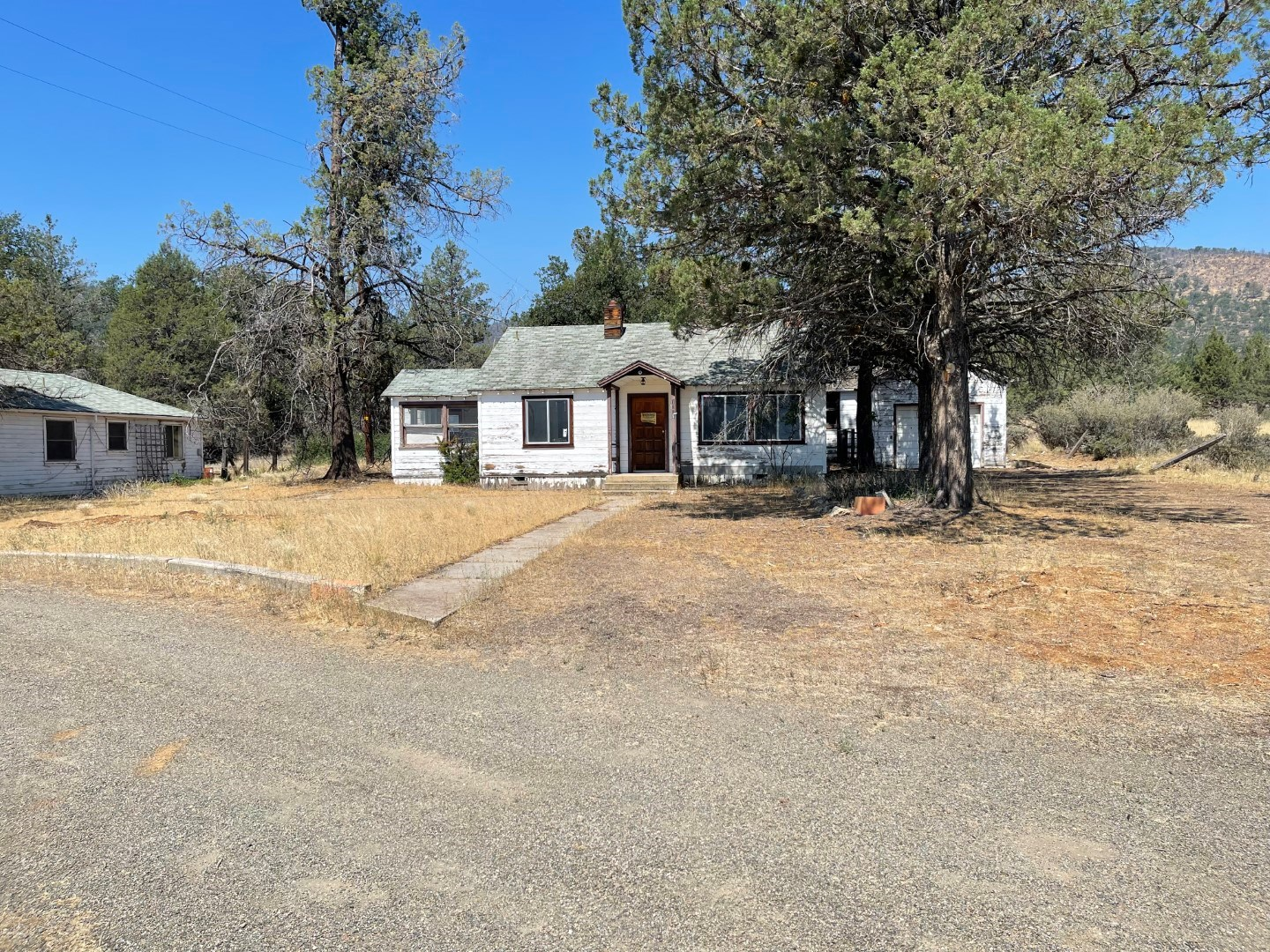 Two Homes on acreage for sale in Northern California