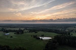 BARNDOMINIUM & FARM LAND FOR SALE LINDALE TX SMITH COUNTY