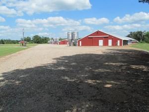 POULTRY FARM - COUNTRY HOME - 40 ACRES - WINNSBORO, TEXAS