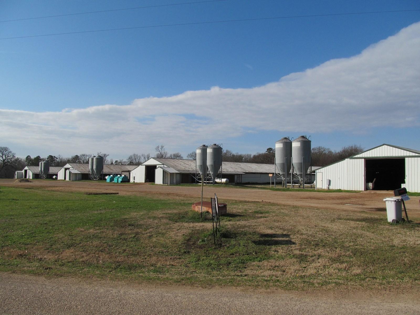 BROILER POULTRY FARM - MOUNT VERNON, TEXAS - FRANKLIN COUNTY