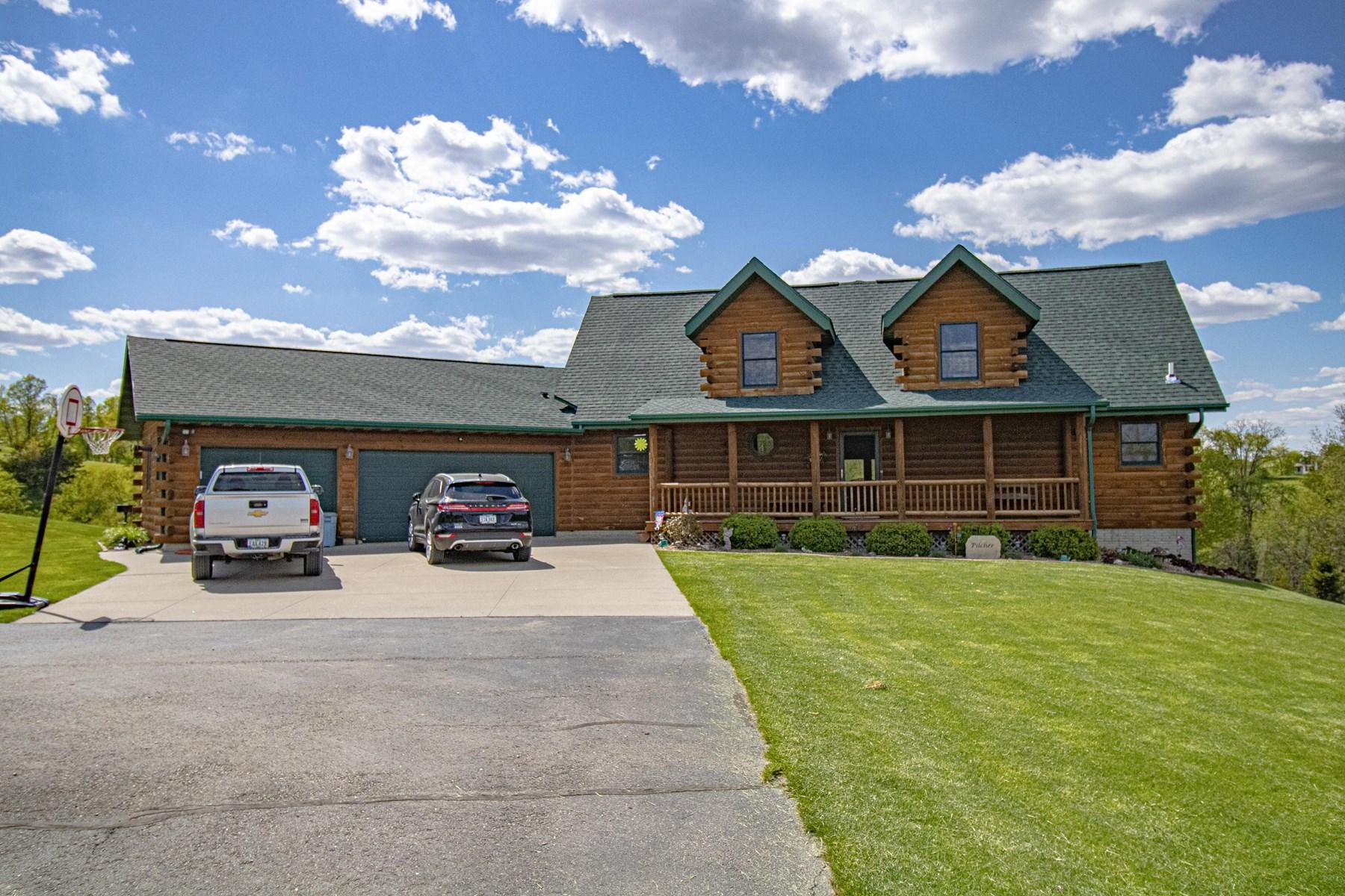 Beautiful Log Home for Sale Anamosa Iowa