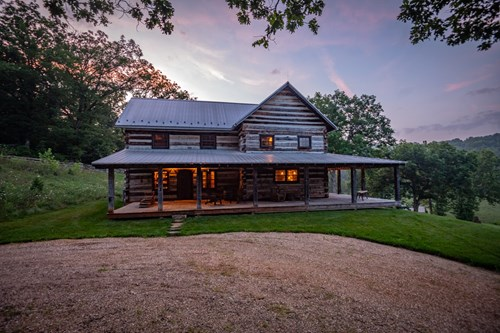 Farm & Ranch with Log Homes For Sale in Benton County, MO