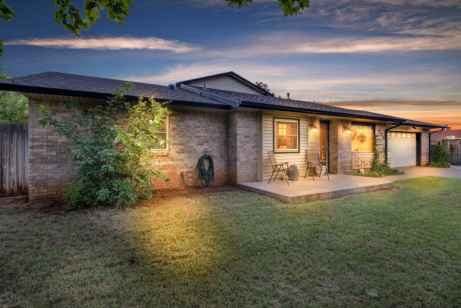 AMAZING HOME FOR SALE IN ELK CITY, OKLAHOMA
