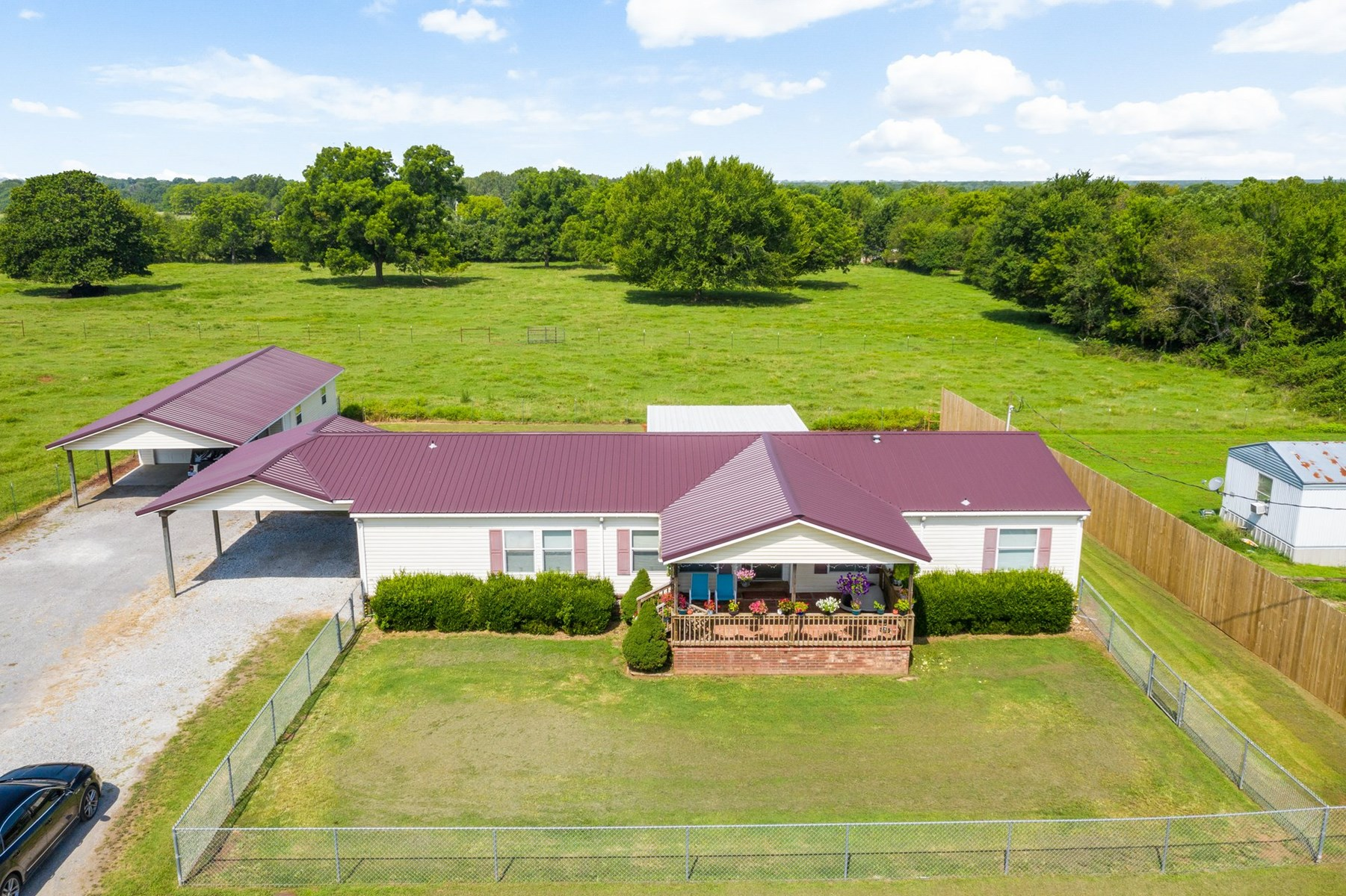 Country Home For Sale in Chouteau Oklahoma