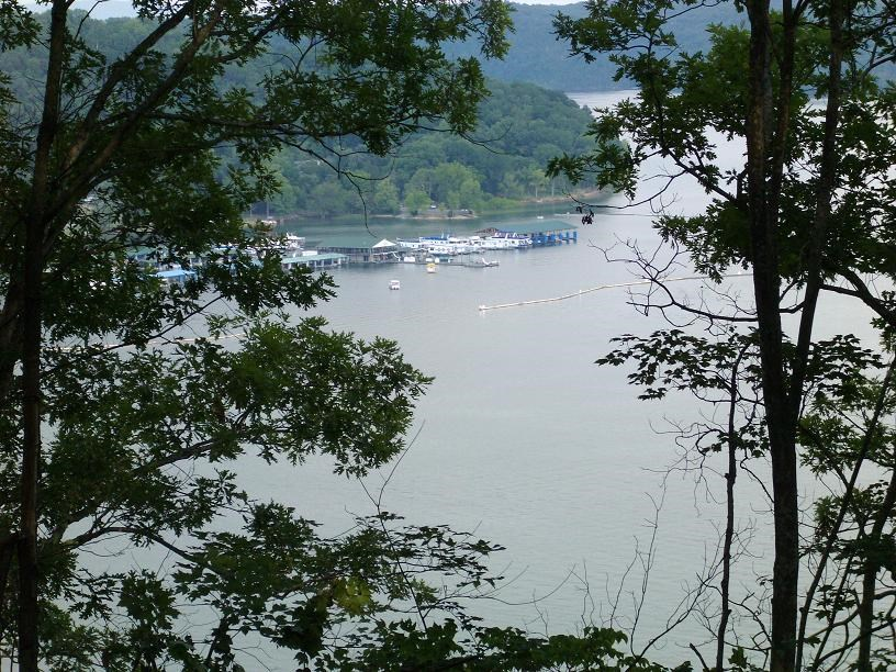 Lake Front Property on Dale Hollow Lake in Albany, KY