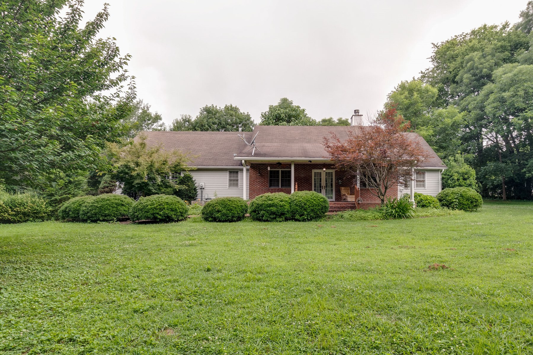 230 Maplewood Dr. Auction in Cornersville, Tennessee