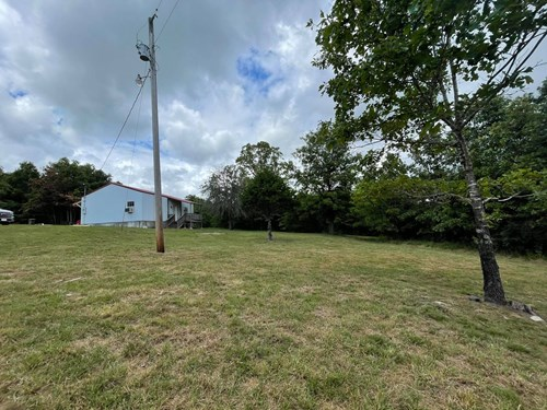 Country home with land for sale in Ava Mo.