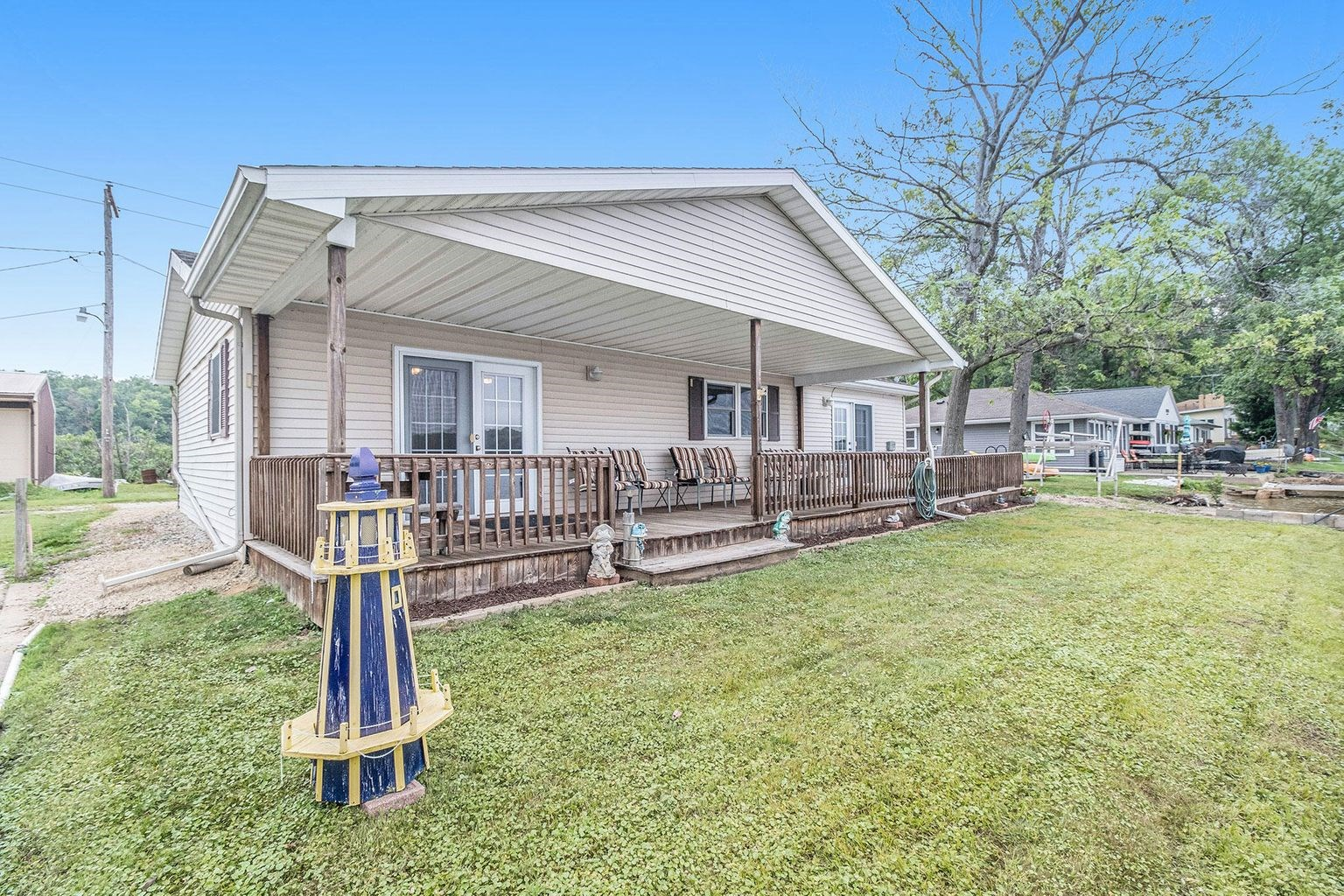 Lakefront Home For Sale in Delton, Michigan!